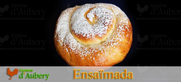 Dessert traditionnel Espagnol de l'île de Majorque, les Ensaïmadas sont de délicieuses brioches que l'on mange soit natures soit fourrées à la crème. Les vagues d'immigrants Espagnols ont apporté ce délice dans les Philippines, à Porto Rico et aux Etats-Unis (immigration porto ricaine) ou on les appelle «Puerto Rican Bread».