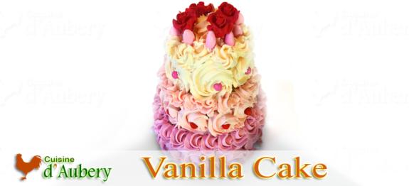 Un gâteau à étages élégant, pour une célébration ou un anniversaire, dans le style Britannique