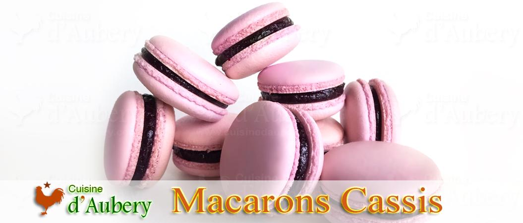 Les savoureux Macarons Cassis de M.O.F Stéphane Glacier