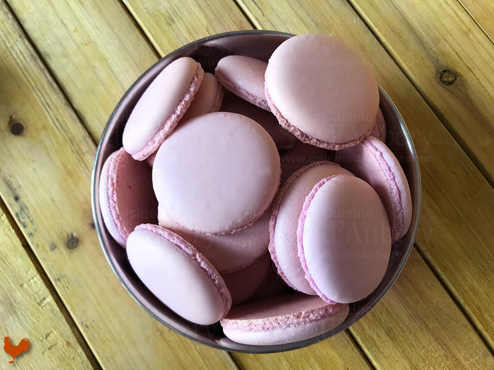 Macarons au Cassis
