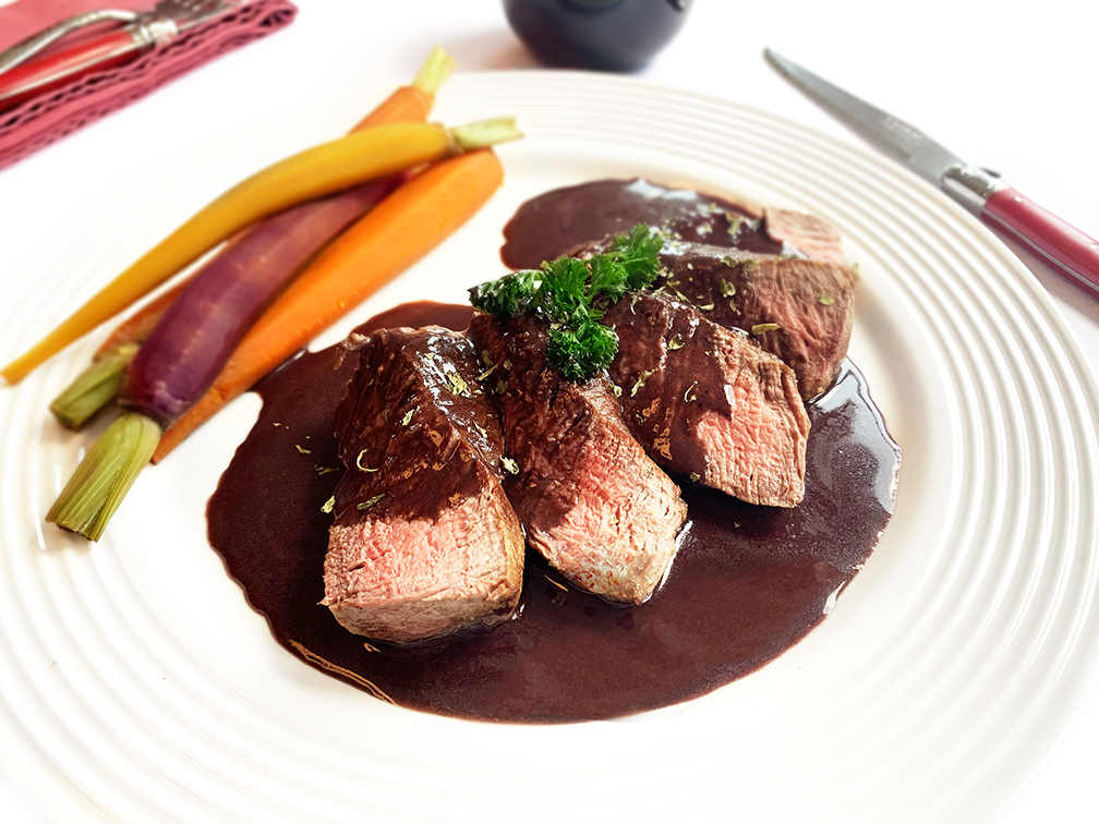 Steak in Bordelaise sauce