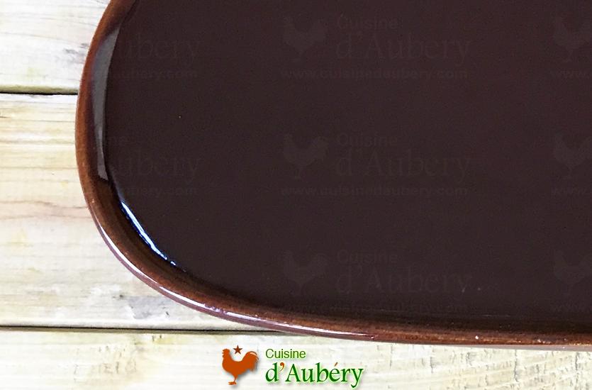 Le Glaçage Miroir Chocolat pour Éclairs de Christophe Adam