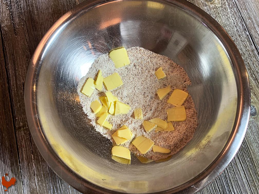Tartelettes Crumble à la Fraise et Gingembre